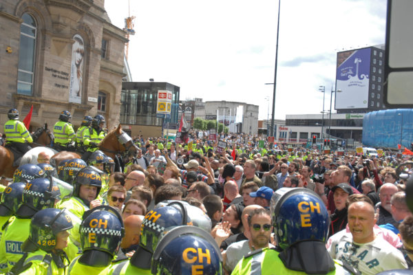One thousand Scousers confront 60 EDL Nazis