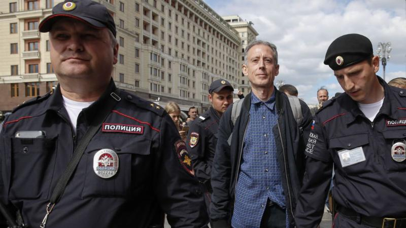 Russia: arrest of campaigner Peter Tatchell for gay rights protest is 'outrageous'